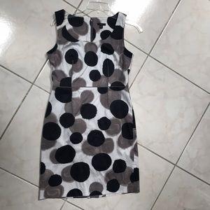 Ann Taylor size 4P dress